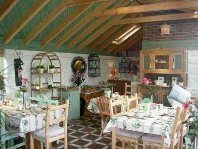 77. Garden Room Summer Breakfast Room
